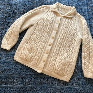 Beautiful vintage handmade Aran cardigan S/M/L